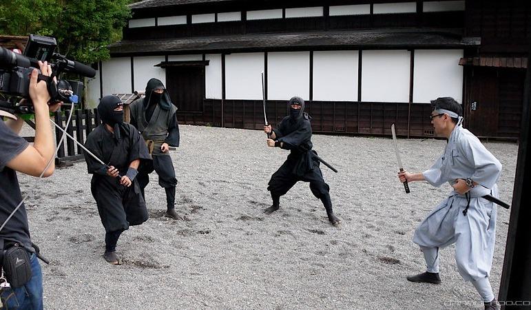 10 Ninja Training - Foter - Danny Choo