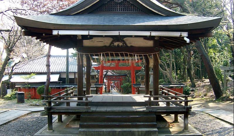 Yoshida Shrine - MShades - Foter