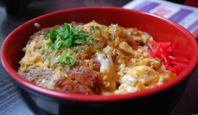 Frittiertes Hühnchen Don aus dem Izakaya Hachibeh - Flickr: Alpha